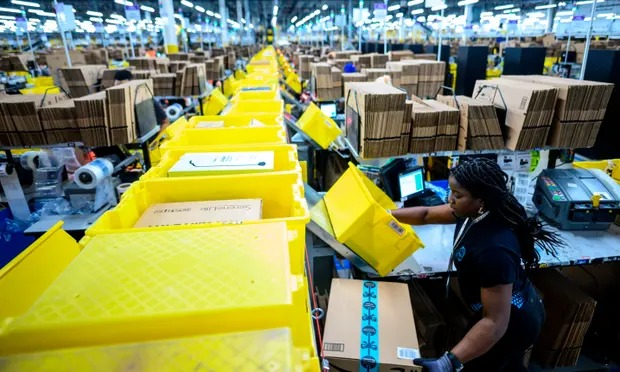 Blow to Amazon as Alabama warehouse workers given go-ahead for union vote